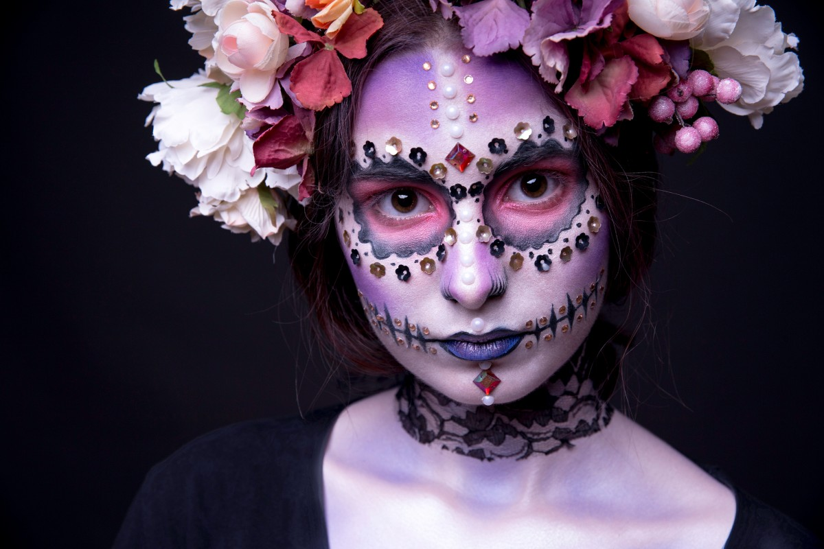Diamond Skull Das Halloween Glamour Make Up Bildderfrau De