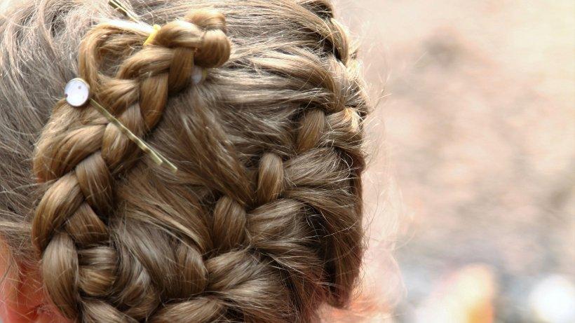 Langes Haar der jugendlich Frisuren