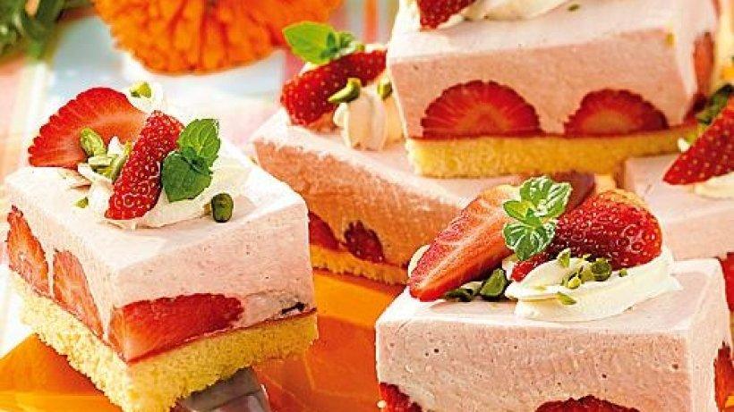 quark kuchen mit erdbeeren bild der frau. Black Bedroom Furniture Sets. Home Design Ideas